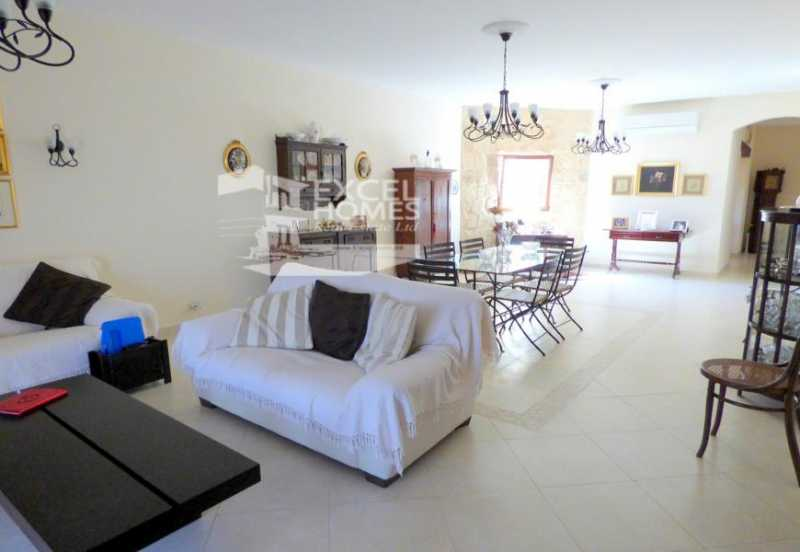 Apartment 3 Bedrooms Attard To Let