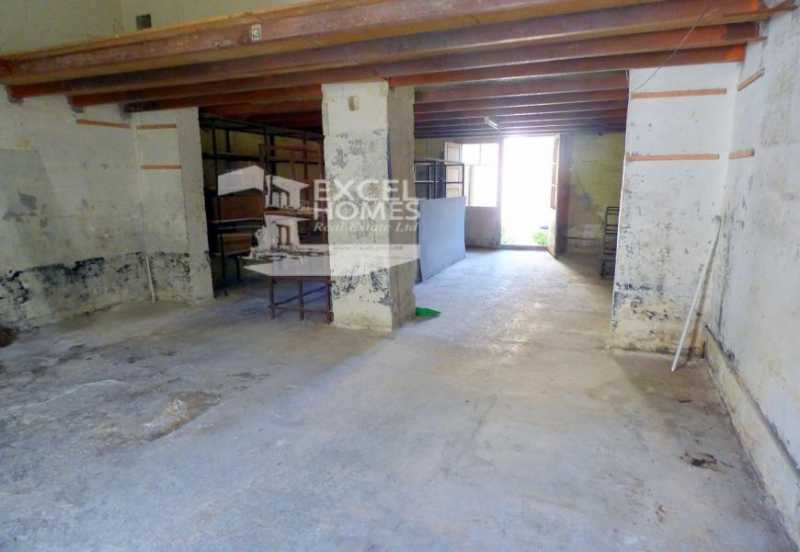 Commercial Hamrun For Sale