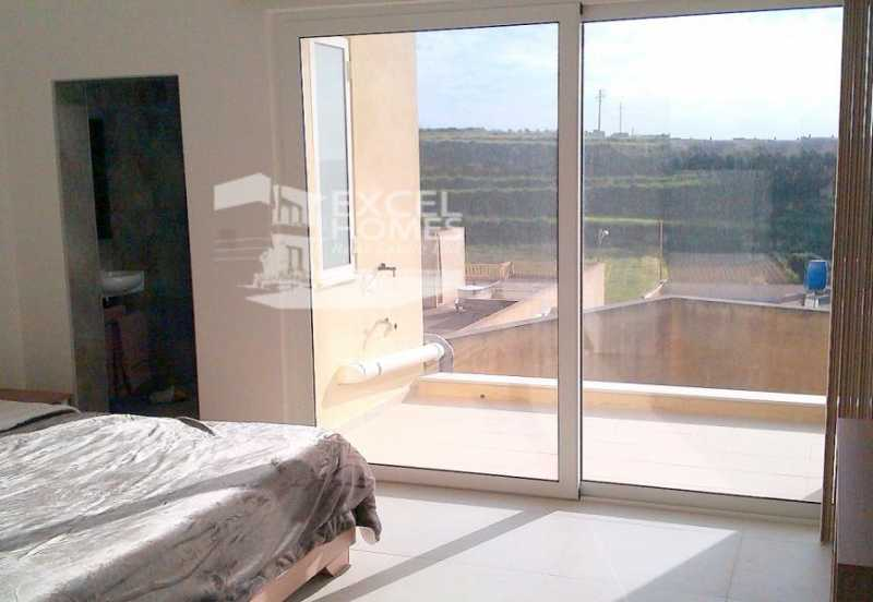 Apartment 2 Bedrooms Gharb For Sale