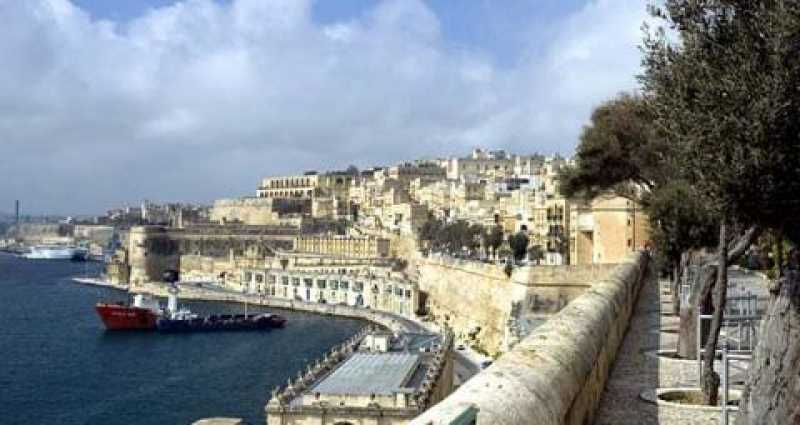 Commercial Valletta For Sale