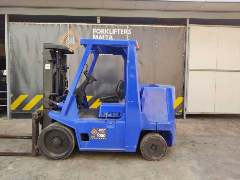 2003 Hyster Forklifter S7.00xl