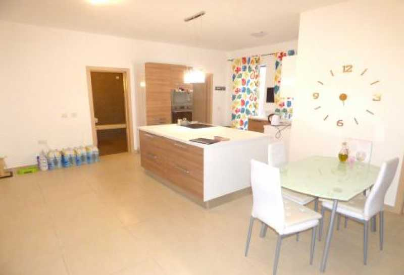Apartment 3 Bedrooms Hamrun For Sale