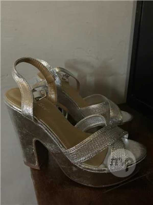 Two Heels  New Size 38 For 10euros