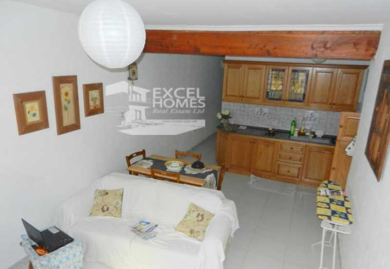 Apartment 3 Bedrooms St Pauls Bay For Sale